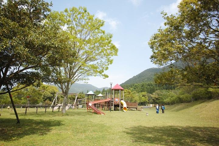 鹿児島市から近めの大自然ドッグラン@オートキャンプ森のかわなべ