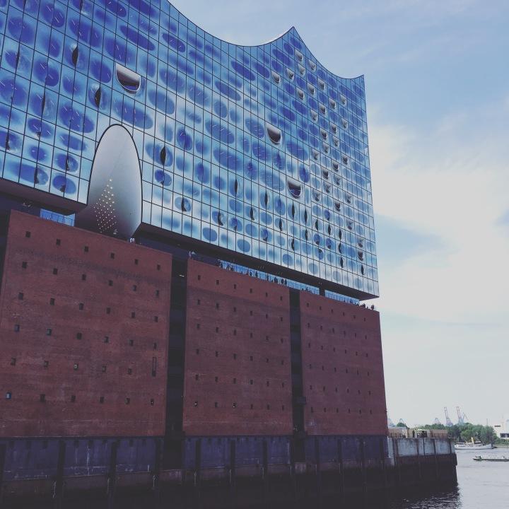 [DE2017]ハンブルクの街を一望できるコンサートホール「エルプフィルハーモニー」