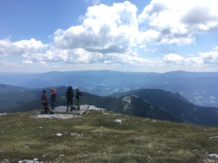 [中欧2018] サラマンダーで行こう!ウィーンから日帰りできるシュネーベルクハイキング