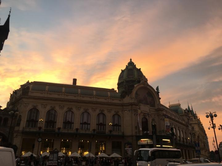 [中欧2018] かわいいアパートメント @ ロイヤルコートアパートメンツプラハとプラハ観光