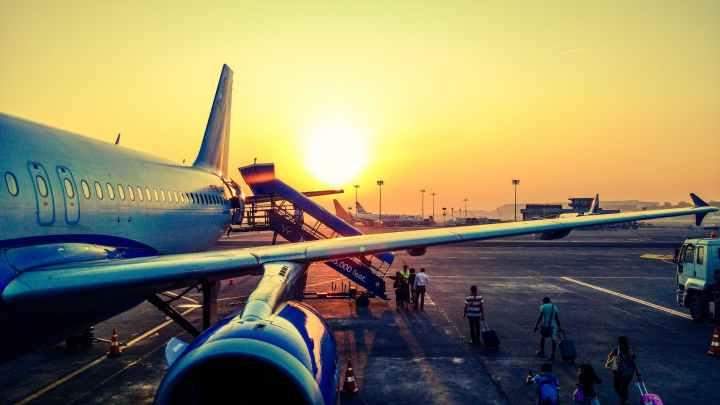 香港の早朝便に間に合うための選択肢はどれ?ナイトバス、エアポートエクスプレス、エアポートホテル